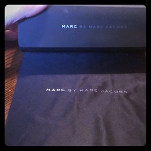 Marc by Marc Jacobs Sunglasses case matte black